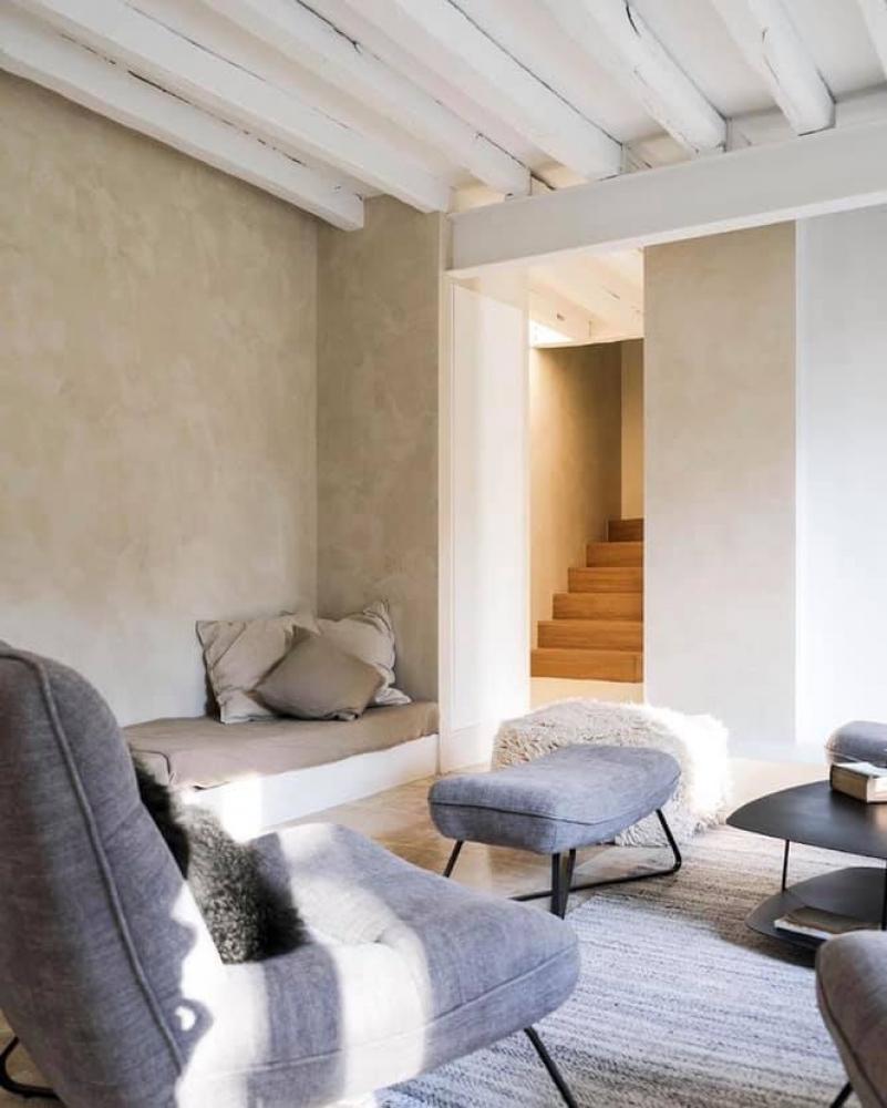 Vopseaua decorativă și cum poate aceasta influența aspectul unei camere